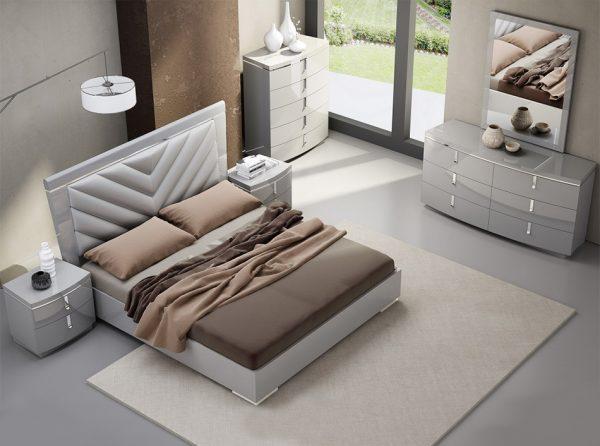 J&M New York Modern Platform Bed / Bedroom Set