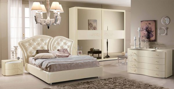 SPAR Neoclassical Italian Bed   Bedroom Butterfly 02