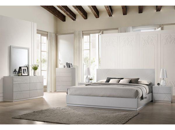 Modern Platform Bed Naples by J&M Furniture
